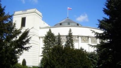 """Wszechpolak w Sejmie: """"Czołem Wielkiej Polsce! Wysiadam z Europy zboczeńców i skrajnego indywidualizmu"""""""