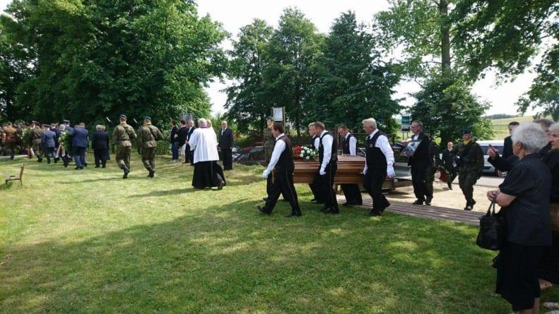 Uroczysty pogrzeb Żołnierza Wyklętego – pułkownika Andrzeja Kiszki
