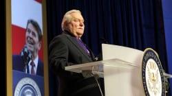 """Lech Wałęsa założył kanał na YouTube. Zamierza """"pokazywać ludziom prawdę"""""""