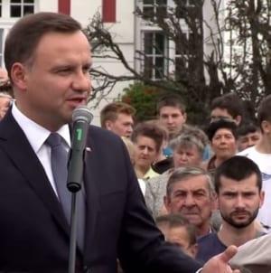 """Jasne stanowisko prezydenta Andrzeja Dudy: """"Dla mnie ktoś, kto głosuje przeciwko Polsce nie ma prawa się nazywać polskim deputowanym"""""""