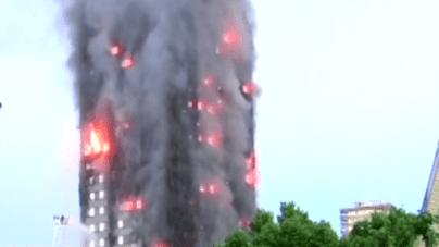 Wielki pożar strawił wieżowiec w Londynie! Ewakuowano setki osób [WIDEO]