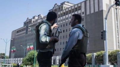 Atak terrorystyczny na irański parlament. 7 zabitych, napastnicy wzięli zakładników