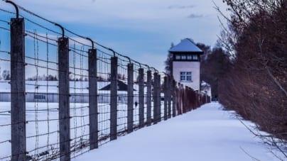 """""""Polacy chcą przedstawić Holokaust jako czysto niemiecką zbrodnię"""". Skandaliczny tekst w niemieckiej prasie!"""