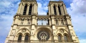 [OPINIA] Marcinkowska: Katedra Notre Dame w Paryżu przypadek czy profanacja?