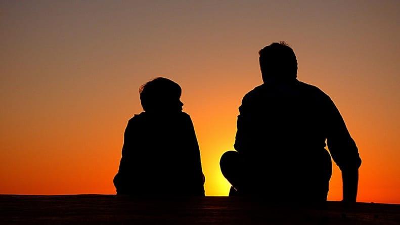 Ojciec daje dziecku poczucie bezpieczeństwa; niestety współcześni ojcowie są zbyt zmęczeni