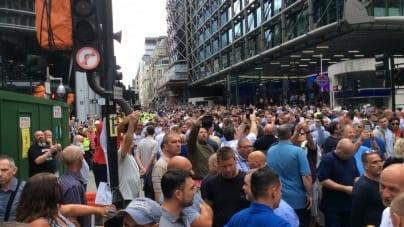 W Londynie 10 tys. kibiców protestowało przeciw islamskiemu ekstremizmowi!