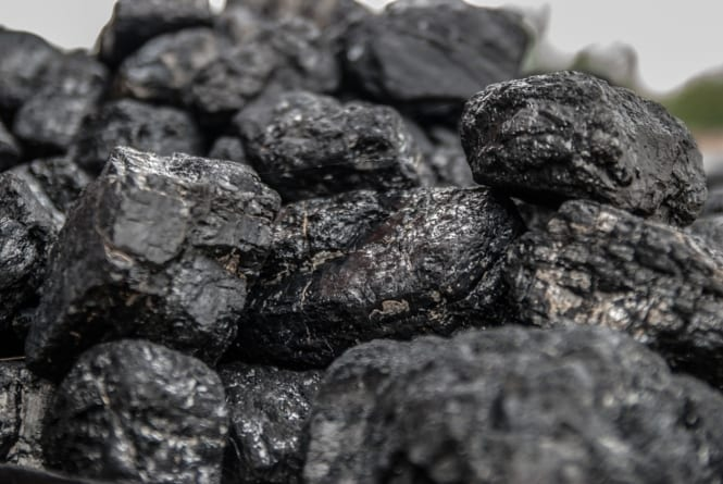 """Chcą nas ukarać za korzystanie z węgla: """"Polska słono zapłaci"""""""