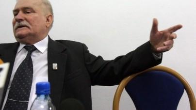 """Jak uchronić kraj przed wojną domową? Lech Wałęsa ma pomysł: """"Aresztować"""""""