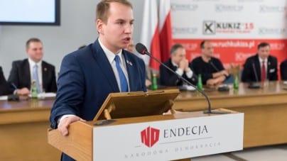 Andruszkiewicz odniósł się do słów Sikorskiego