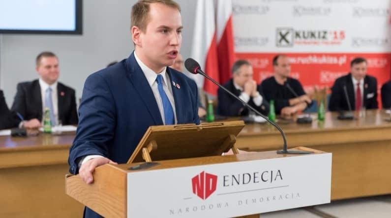 """Mocny tekst Andruszkiewicza! """"To będzie nasz program, który chcę z Wami rozwijać i do takiej Polski dążyć"""""""