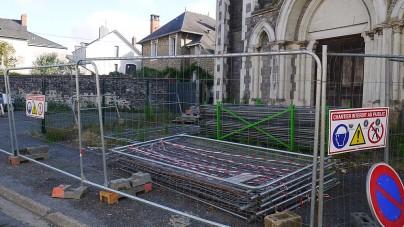 We Francji wyburzają katolicką kaplicę, by zrobić parking
