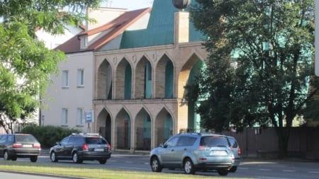 Bijatyka w warszawskim meczecie! Na miejscu jest sześć radiowozów policji
