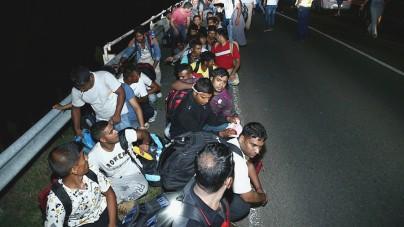 """Ponad 5 tys. imigrantów """"wyparowało"""" z ośrodków dla uchodźców! Służby nie mogą ich namierzyć"""