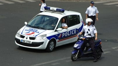 Rozstrzelana Francja. Napastnik popełnił samobójstwo w sądzie
