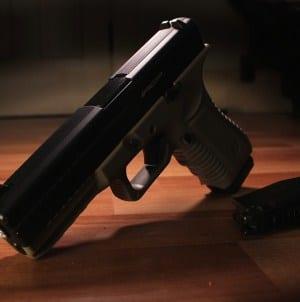 Polacy powinni mieć szerszy dostęp do broni palnej [WIDEO]