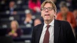 Polski sąd chce uchylenia immunitetu Guyowi Verhofstadtowi za obrażanie uczestników Marszu Niepodległości