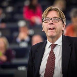 Guy Verhofstadt bezkarny za swoje oszczerstwa względem Marszu Niepodległości
