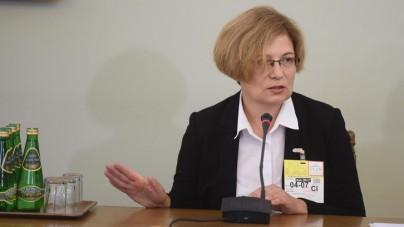 Prokurator Barbara Kijanko przed komisją do spraw Amber Gold