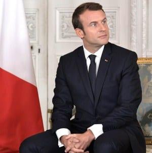 Macron atakuje NATO – Morawiecki stoi wiernie za sojuszem