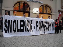 Tyle zapłaciliśmy za zabezpieczenie porządku podczas manifestacji i kontrmanifestacji smoleńskich. Policja podliczyła koszty