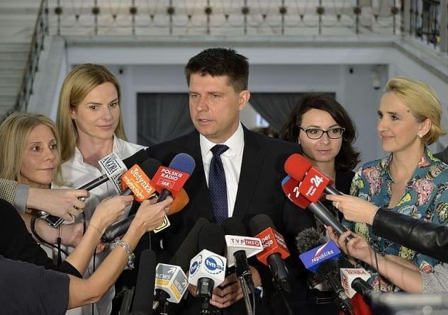 Nowa komuna szykuje się do przejęcia władzy w Polsce! Planują dalej destabilizację kraju [WIDEO]