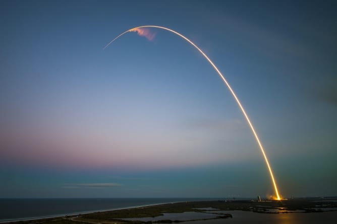 """Korea Północna: rakiety """"nowego typu"""" przeleciał 600 km"""