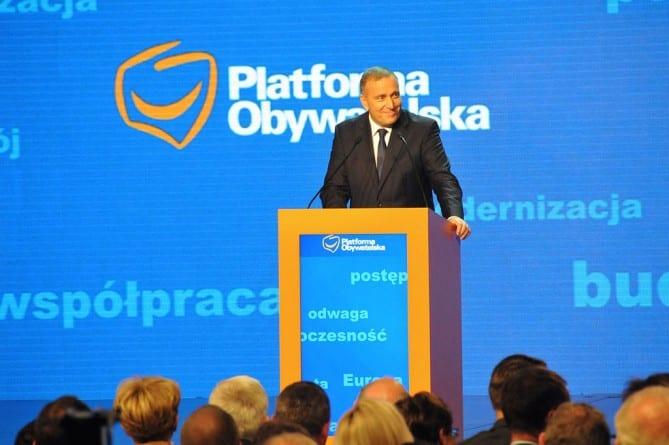 Grzegorz Schetyna: Będziemy bronić Polaków przed nieludzkimi projektami radykałów