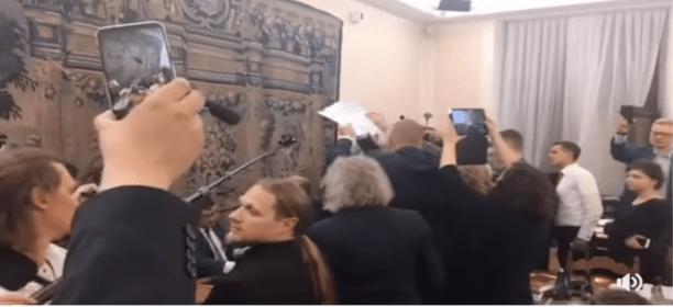 Gdy kończą się argumenty… Posiedzenie Komisji Praw Człowieka i Sprawiedliwości