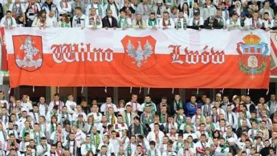 Robert Winnicki broni motywów Wilna i Lwowa w polskich paszportach