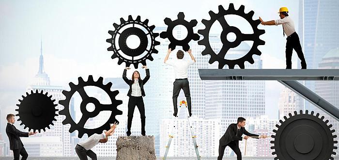 DOLIŃSKI: Niskie bezrobocie efektem patologii naszego rynku pracy