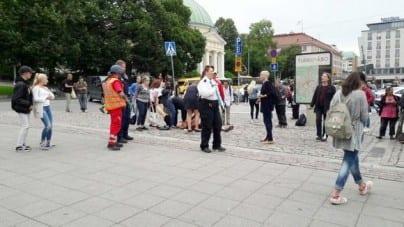 """Atak w Finlandii! Grupa nożowników krzyczała: """"Allahu Akbar!"""""""