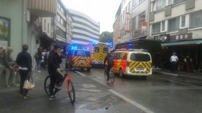 Paryż: 4 policjantów zabitych przez nożownika