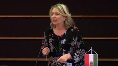 Europosłanka Jobbiku do Junckera: Młodzi i silni mężczyźni powinni wrócić odbudowywać Syrię [WIDEO]