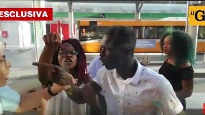 Włochy: Kierowca miejskiego autobusu zelżony i opluty przez agresywnych Murzynów, a potem skatowany [WIDEO]