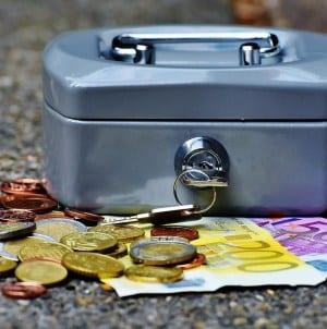 Szczepek: będzie czekał nas duży kryzys oraz krach finansów publicznych