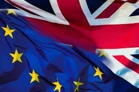 Wielka Brytania: Nie będzie twardego Brexitu? Izba Gmin przegłosowała ustawę