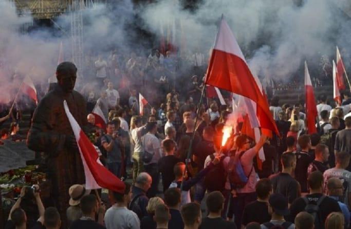 VIII Marsz Powstania Warszawskiego. Roty Niepodległości uczczą powstańców