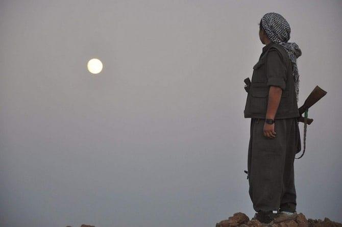 Tureckie naloty na kurdyjskie siły na granicy iracko-syryjskiej