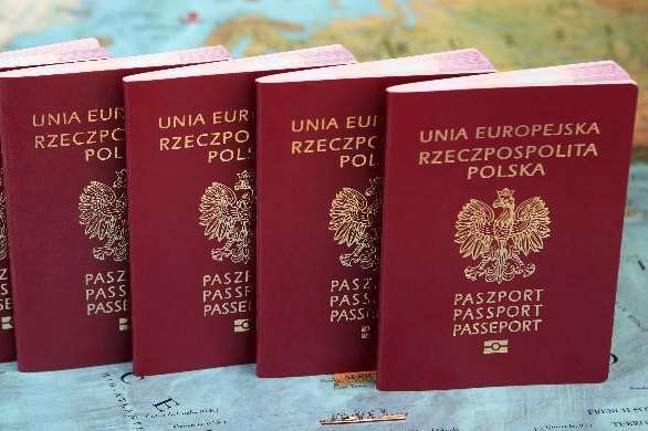 Rekordowa liczba cudzoziemców otrzymała polskie obywatelstwo