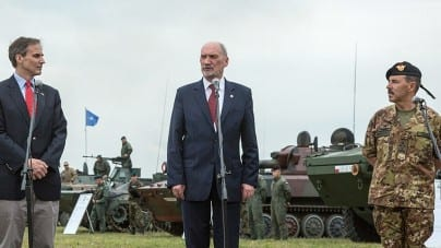 Minister Macierewicz wycofa swoją listę kandydatów na generałów