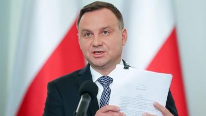 Pilne: Andrzej Duda przedstawił projekty ustaw reformujących sądownictwo