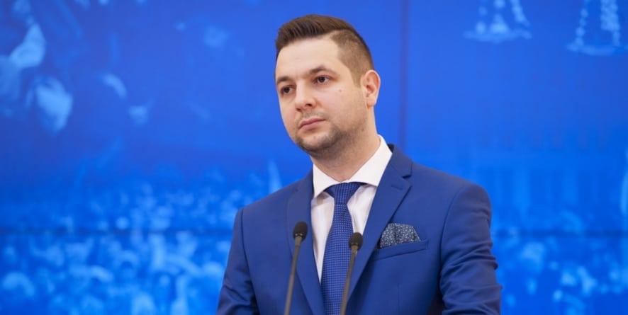 Kłótnia w PiS. Nie chcą pomóc Jakiemu w boju o Warszawę