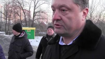 Poroszenko twierdzi, że Rosja przygotowuje się do wojny
