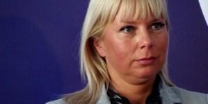 Bieńkowska wściekle atakuje Polskę i bałwochwalczo wychwala Unię Europejską …