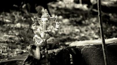 Profanacja w Ceucie. Posąg hinduskiego bóstwa Ganeśi wniesiono do kościoła