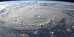 Katastroficzne skutki huraganu Laura. Setki tysięcy osób w USA bez dostępu do prądu elektrycznego