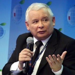 """PiS boi się własnych obietnic? Projekt """"Stop pedofilii"""" odłożony na po wyborach"""