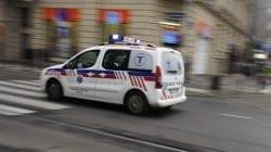 Dziwna sytuacja na ulicach Warszawy: Pijany mężczyzna udawał byka