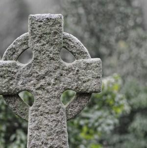 Ksiądz zasugerował spowiedź zwolennikom aborcji. Wyrzucili go z parafii