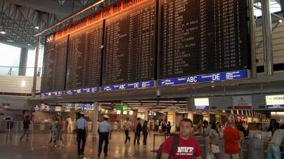 Atak gazem na międzynarodowym lotnisku! Są ranni